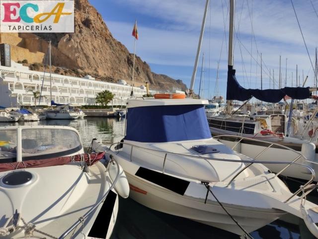 Funda lona frontal cabina de barco por ECA tapicerías en Almería.